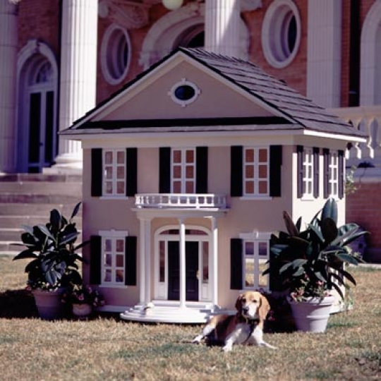 Mansion Doghouse